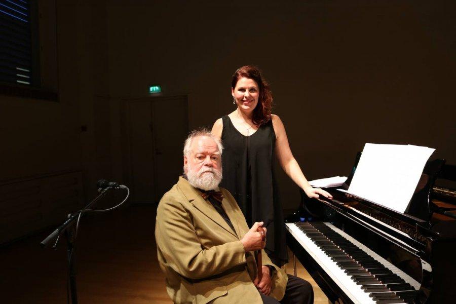 Kaj Chydenius ja Talvi-Maaria Turunen konsertoivat keskiviikkona  Helsingissä. Ensi perjantaina on Joensuun vuoro 375235f56a