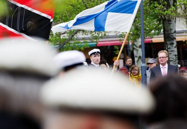 Oi maamme areena — suomen romanit arvostavat itsenäistä
